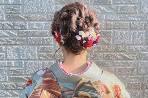 成人式を「笑顔」の思い出に!福岡の美容室ヘアメイクアージュ 2022年度予約も受付中*